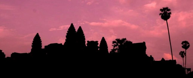 Angkor siloutte