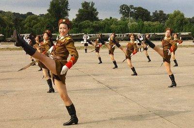 North Korean Female Soldiers